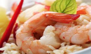 India's Andhra Pradesh pledges minimum shrimp price to protect